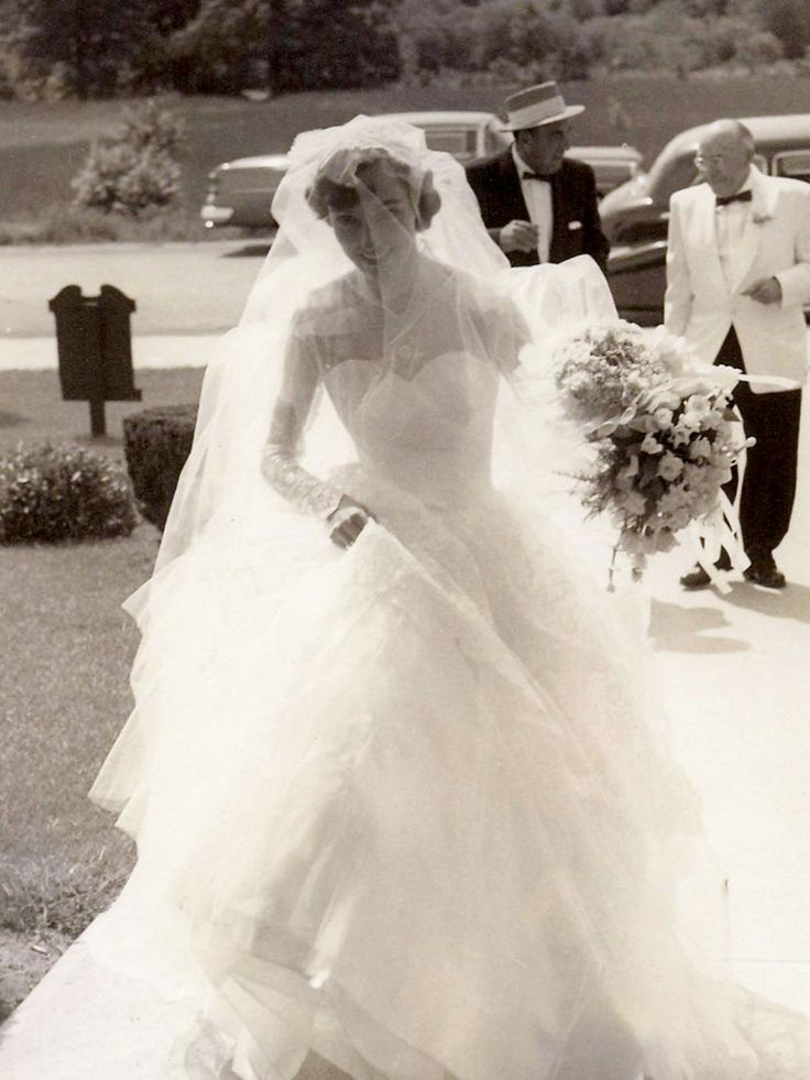 Chic Vintage 1950s Bride - Betty Lou Fuller