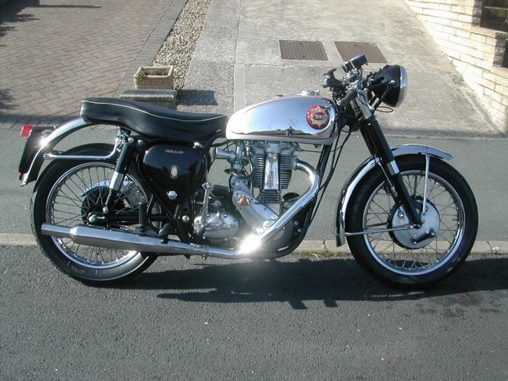 1955 BSA BB32 Gold Star
