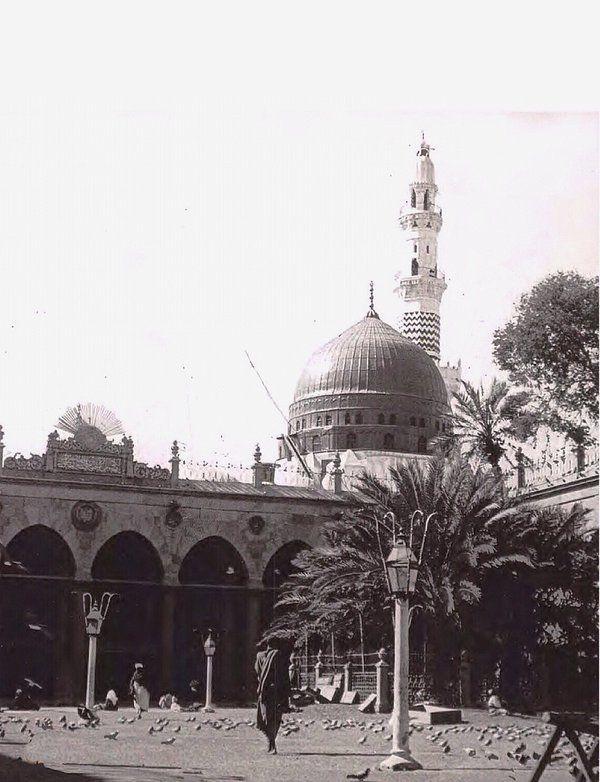 باحة المسجد النبوي الشريف  ١٣٢٢هـ ، ١٩٠٤م
