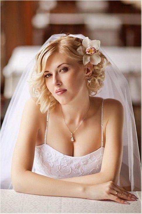 Acconciatura matrimonio capelli corti
