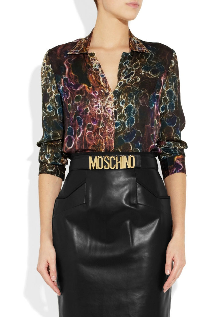 Moschino belt. I will have this belt.