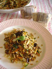 DOLCEmente SALATO: Insalata di orzo, farro, verdure e lamelle di mandorle