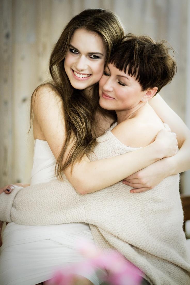Top Model 3, odcinek 11: sesja z mamami.Anna Cybulska z mamą, fot. Agnieszka Taukert dla Spark