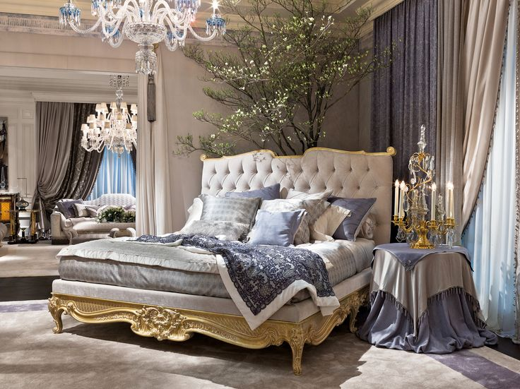We know how to amaze you. Dali' bed is unequivocal proof of it. Enjoy it at #LDW17atDCCH #Provasi17 #DesignCentreCH #design #artisan #luxury #furniture #bed #unique #interior #precious #LDW17 @designcentrech