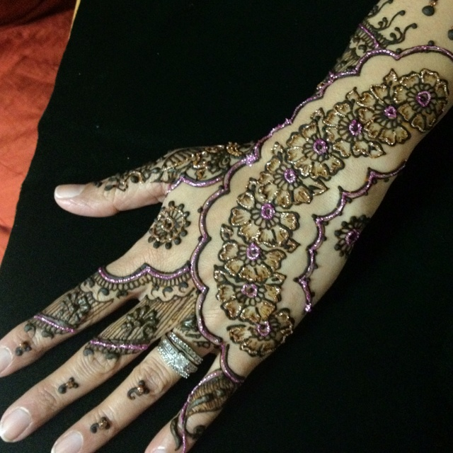 70 Best Images About Henna Hands On Pinterest  Henna Henna Mehndi And Si