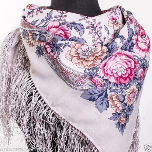 "Russian Pavlovo Posad shawl scarf 89x 89 cm(35x35"") 100% wool, 100% silk fringe                                                   A LA RUSSE #ALARUSSE #russianshawl #pavlovoposad #shawls #fashion #russianscarf"