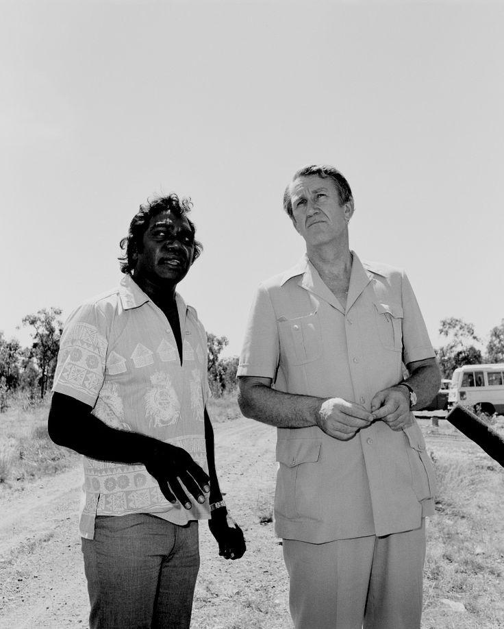 Galarrwuy Yunupingu with Prime Minister Malcolm Fraser at Jabiru, Northern Territory 1978