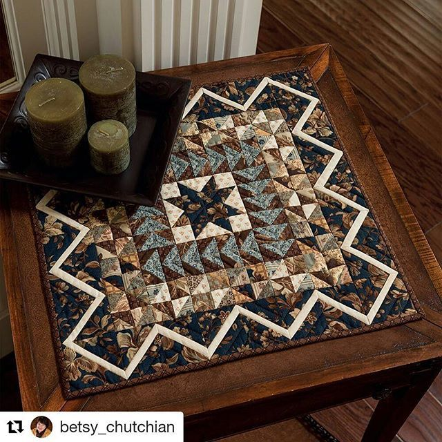 Sawtooth Star, Flying Geese, Broken Dishes - timeless. This beautiful mini quilt is designed by Betsy Chutchian - find it in Moda  All-Stars Mini Marvels.  #Repost @betsy_chutchian with @repostapp ・・・ My mini medallion. One of 15 super cute mini quilts by Moda All-Star