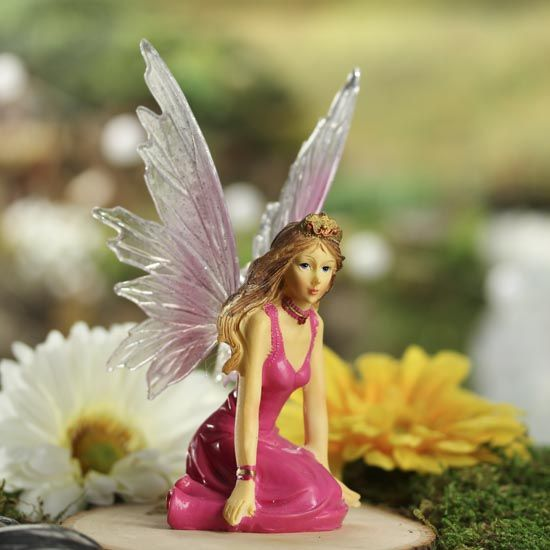 Small Fuchsia Princess Fairy - Fairy Garden Miniatures