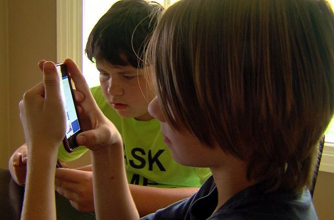Most kids have cellphones or tablets and are constantly texting or using social media, and experts say parents should use apps to monitor their children's online activity.