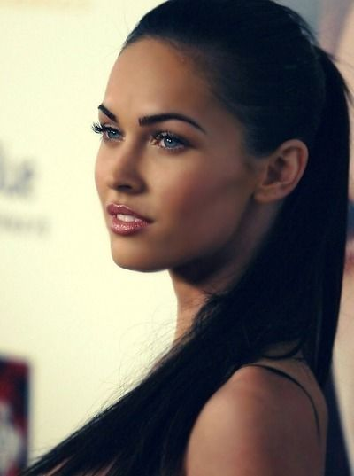 megan fox, high pony: Girls Crushes, Dark Hair, Style, Meganfox, Makeup, Megan Foxes, Eyebrows Shape, Beautiful People, Pretty