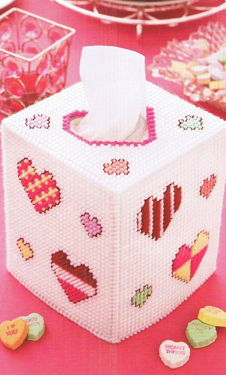 329 best images about plastic canvas fun on pinterest for Tissue box cover craft