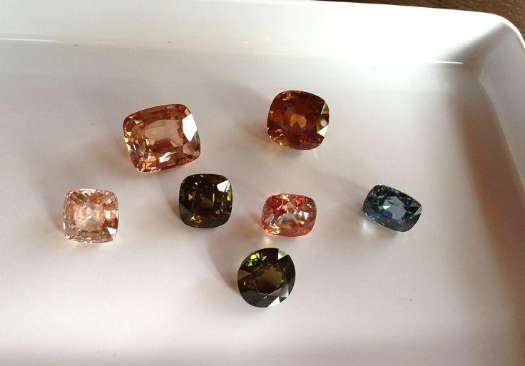 Цирконы #zircon, loose #gemstone, #gems, #gemology