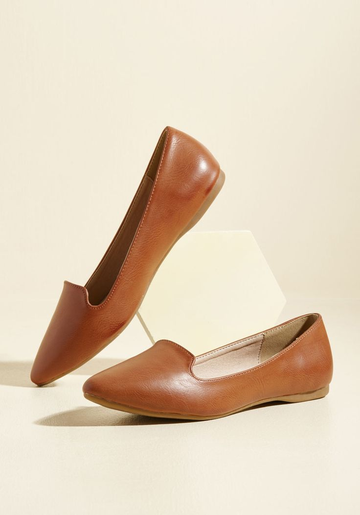 Think Flats! Loafer. We know you won't want to be left out on making these brown loafers yours! #tan #modcloth