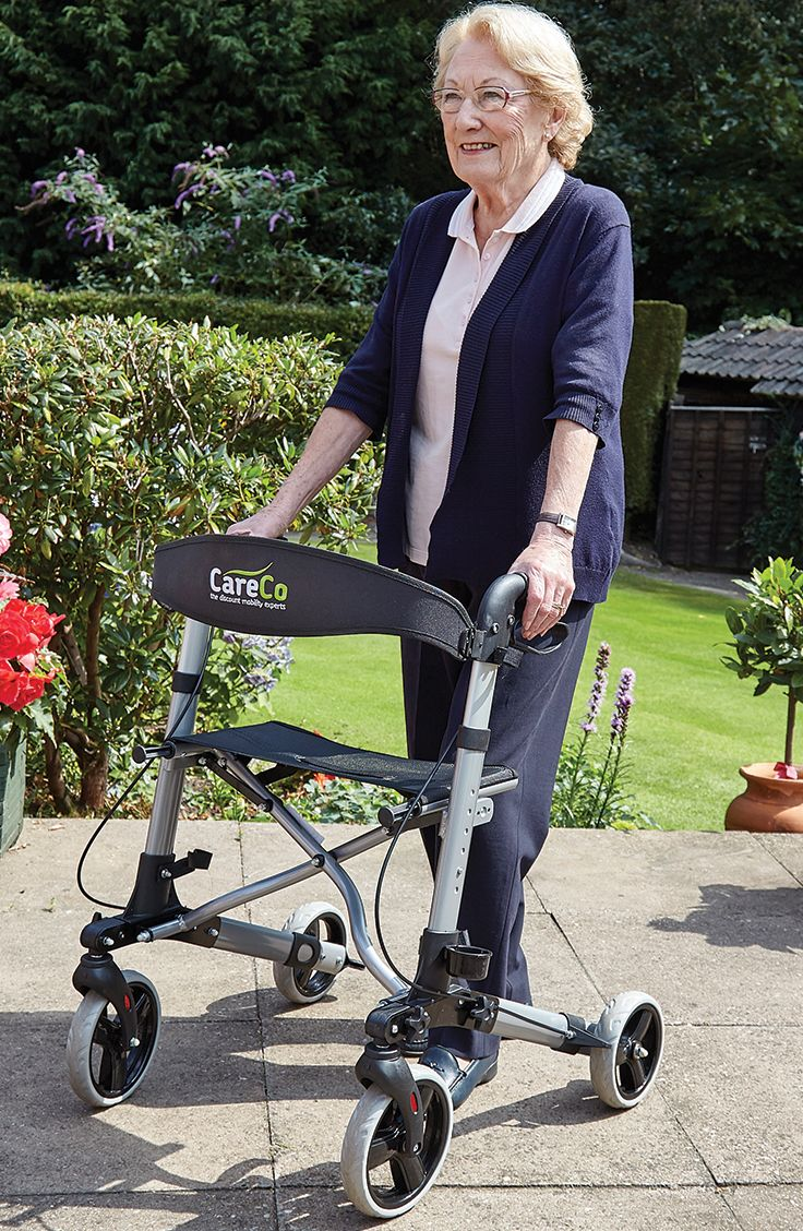 The Atlas Lightweight Rollator is ideal for use indoors and outdoors, with a foldable shape and its lightweight you can transport the rollator in the car.