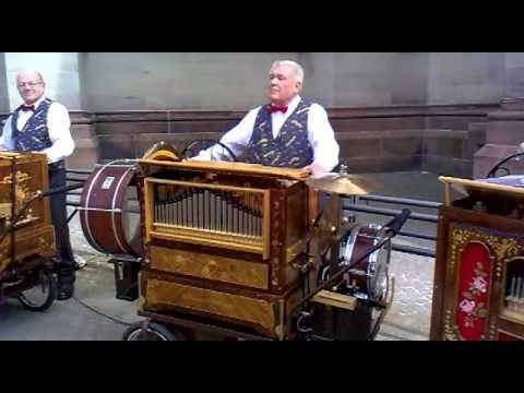 ▶ Dortmunder Drehorgel Orchester in Speyer 2011 - YouTube