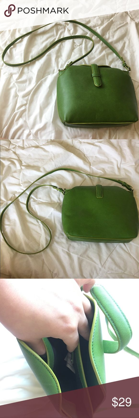 Zara Purse Adorable Zara bright green purse. Very unique styling. Lots of storage. 3 different pockets within the bag. Small black mark on the bag as pictured. Really good condition otherwise. Faux leather. Zara Bags Crossbody Bags