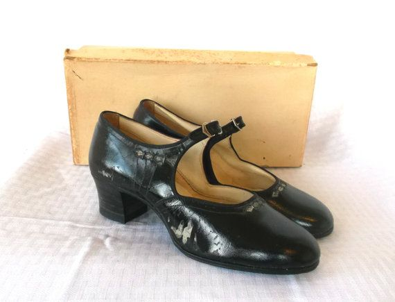 1920's Vintage Flapper Mary Jane Shoes in by MyVintageHatShop, $57.00