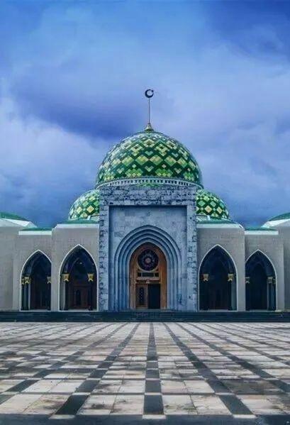 Masjid Agung Natuna, Indonesia.