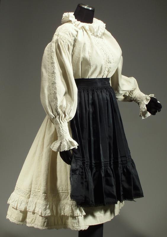 Complete Woman's Romanian Folk Costume from Transylvania, Romania  - embroidered blouse | linen skirt | black apron
