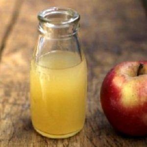 Un cucchiaio di aceto di mele al giorno per 60 giorni può far scomparire tutti questi problemi molto comuni!