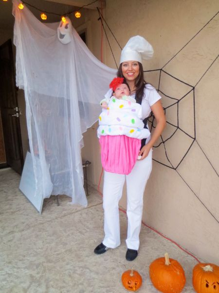 cute mom and baby cupcake costume
