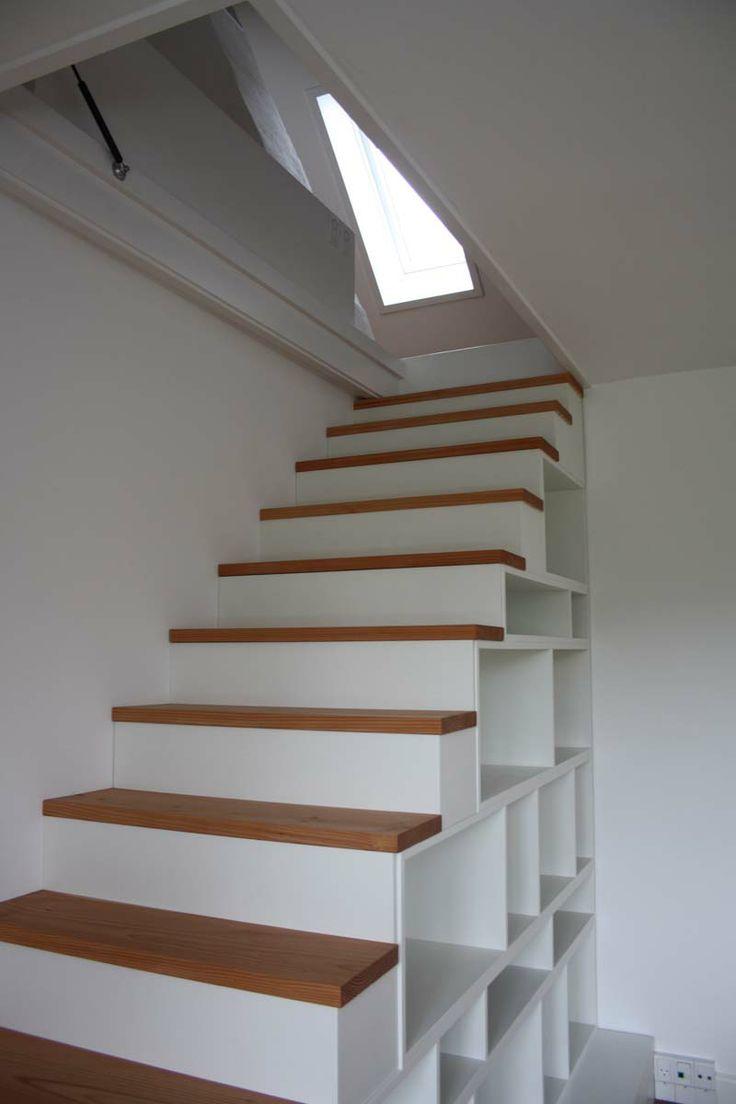#indretning #interior #furniture #design #snedkeri #handmade #bookshelves #reol #opbevaring #staircase #trappe #karstenk #rum4