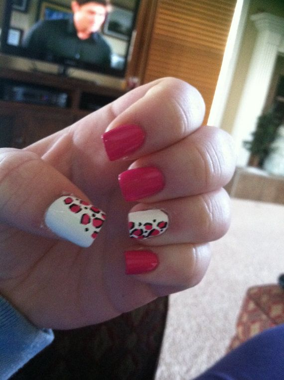Pink and White Cheetah print acrylic nails by CoccoNails on Etsy, $8.00