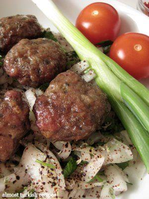 İnegöl Meatballs (İnegöl Köftesi)