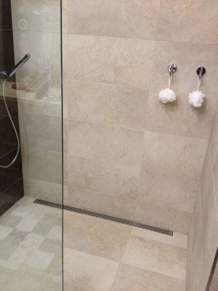 Die besten 25+ Ebenerdige Dusche Design Ideen auf Pinterest
