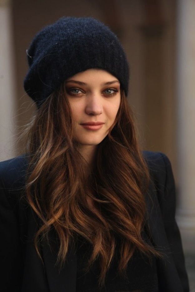 Hairstyles With Hats To Copy This Winter