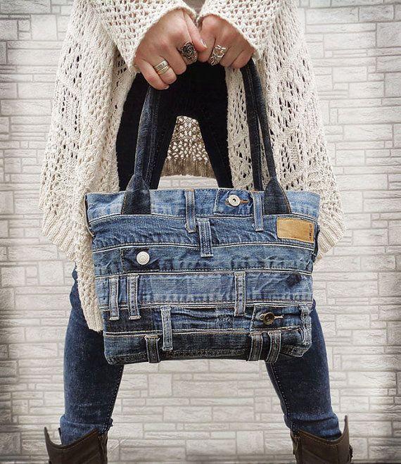 Bolso de mezclilla bolso reciclado rock grunge apenado por BukiBuki