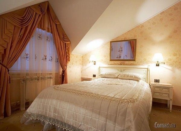 Дизайн спальни в мансарде