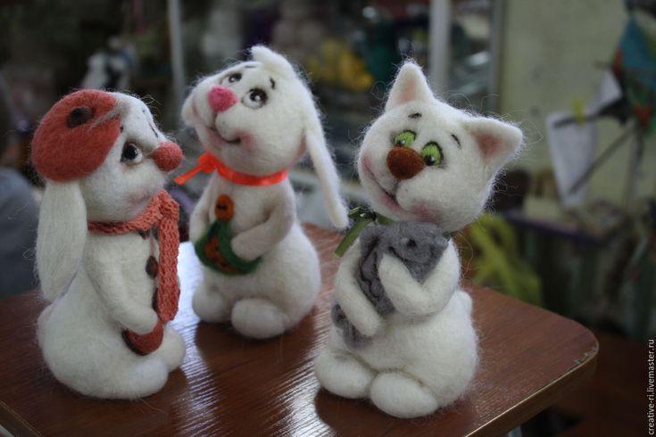 Купить веселые животные - белый, кот, заяц, белые звери, Валяние, подарок на день рождения