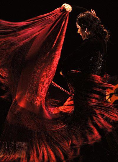 Spanish flamenco dancer Eva Yerbabuena performs in Bangalore, India, on 6 November 2012.