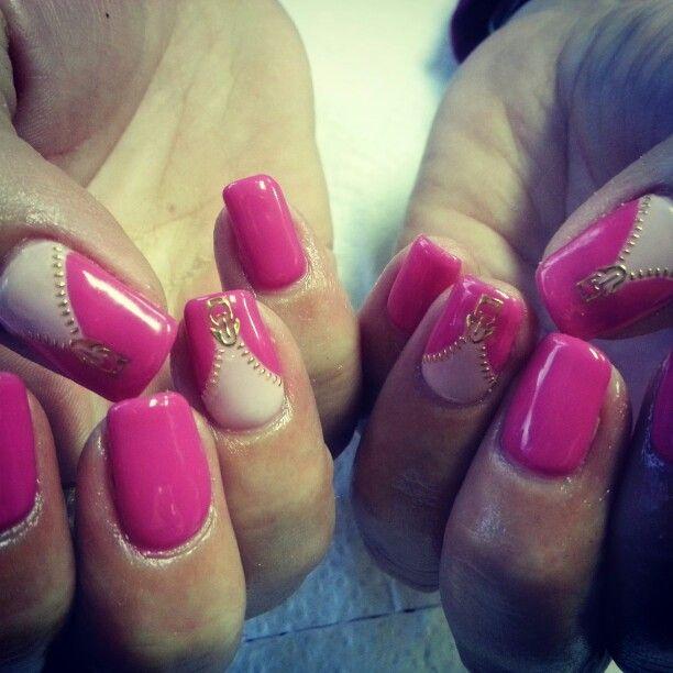 Zips done by Megann. ♡