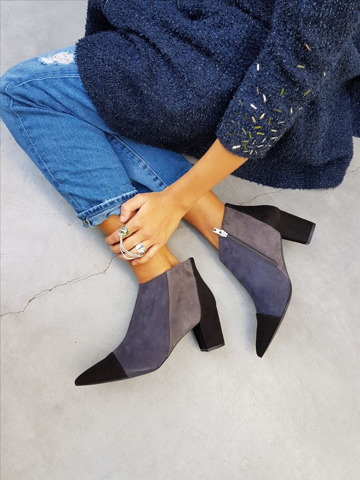 3 colours combination of black, navy and grey, low comfy chunky heel, multi colour booties, multi colour ankle boots, block heel ankle boots, ankle boots outfit, street style, street fashion, everyday look, SHOEZ WEB STORE collection | worldwide shipping | link: http://en.shoez.co.il/