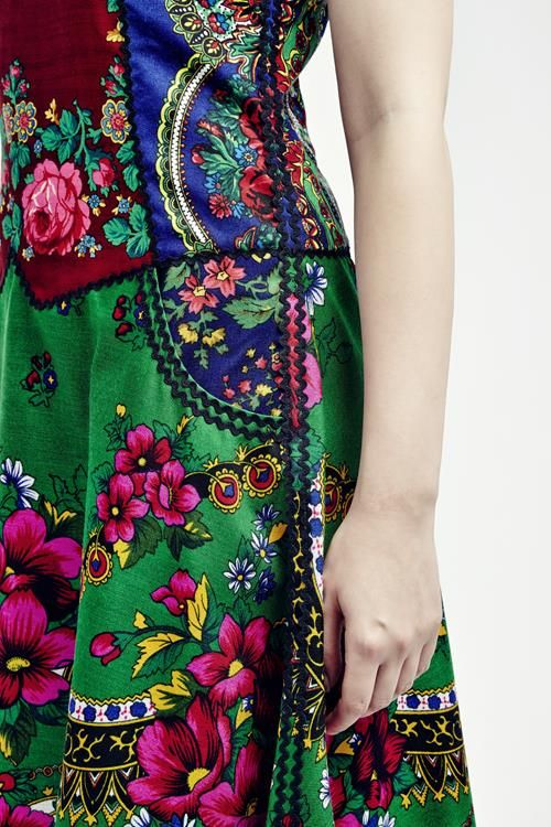 Sleeveless full flower cashmere kretinca dress | Romani Design
