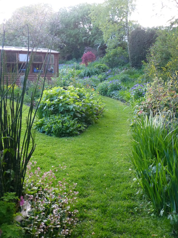 Path Between Dave S Shed And My Potting Shed Greenslate