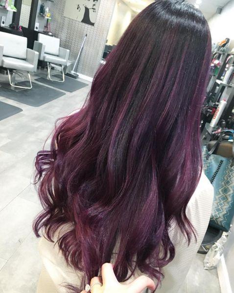 I capelli viola per una versione di Maga Magò super cool -cosmopolitan.it