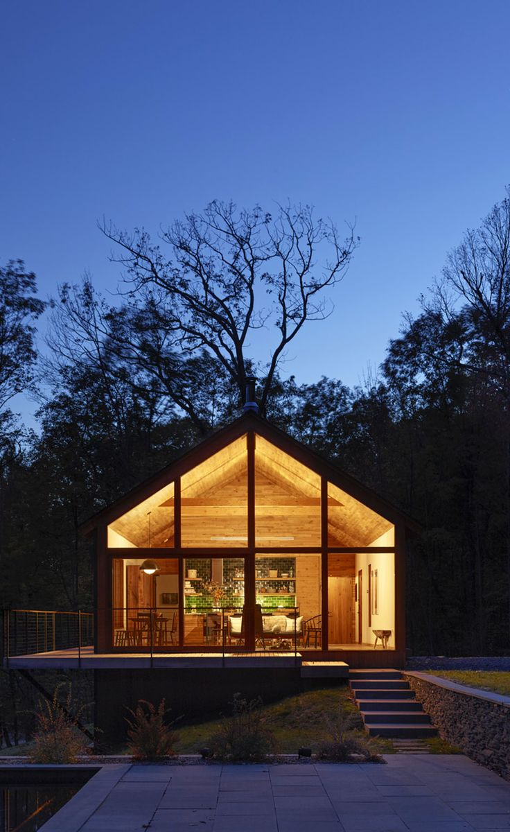 Into The Woods: A Private Tour Of Upstate New Yorku0027s Latest Architectural  Retreat