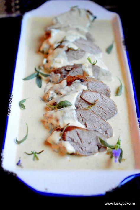 muschiulet de porc cu sos de smantana