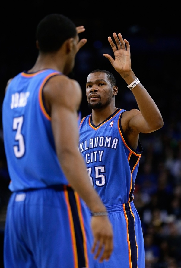 92 best Kevin Durant images on Pinterest  Basketball