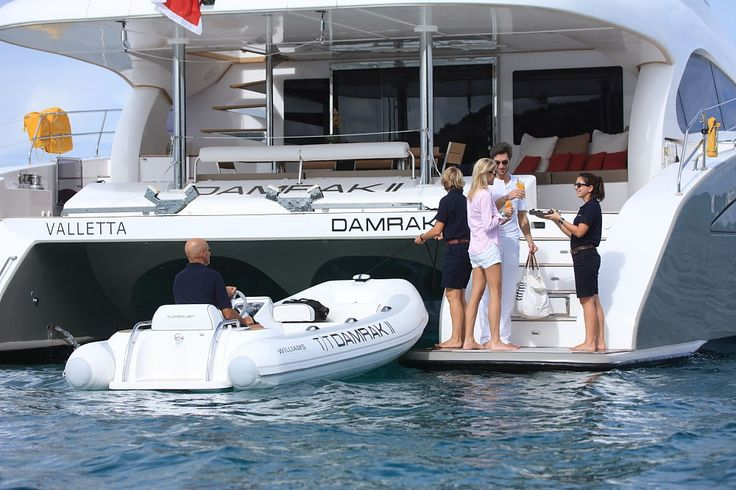 Sunreef Yachts Charter - Damrak II and her Guests