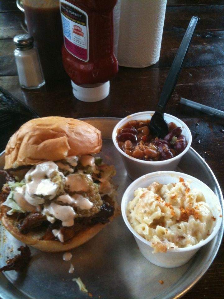 Southern Cooking At Edley S Bar B Que In Nashville Tn