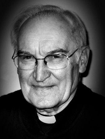 Rev. HENRYK OSTRZOŁEK CM, Province of Poland (1930 – 2015) died May 27, 2015 at the Kleparz House, Krakow. #RIP