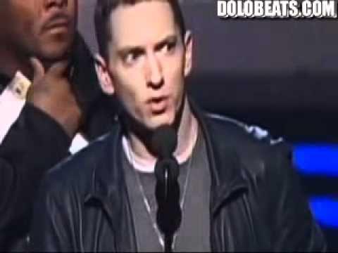 eminem 2011 grammy awards 53rd best rap album award for his album recovery (2010)...