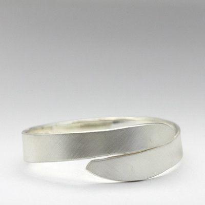 Concave wrap bracelet
