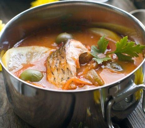 Zupa rybna z karpiem - Przepisy. Zupa rybna z karpiem to przepis, którego autorem jest: Magda Gessler