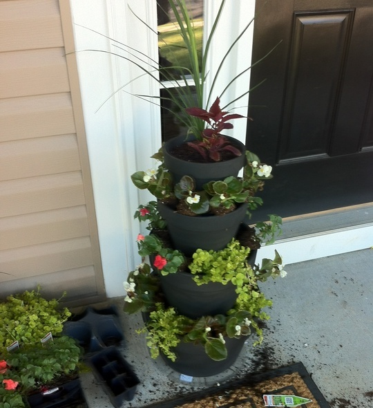 How to Create Tiered Planters by Jeff McCoy
